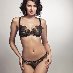 NWOT L'Agent by AP IANA Black/Gold Bra 34D